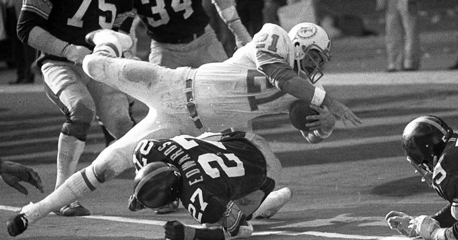 Jim Kiick, Dolphins' Perfect Season Running Back, Dead at Age 73