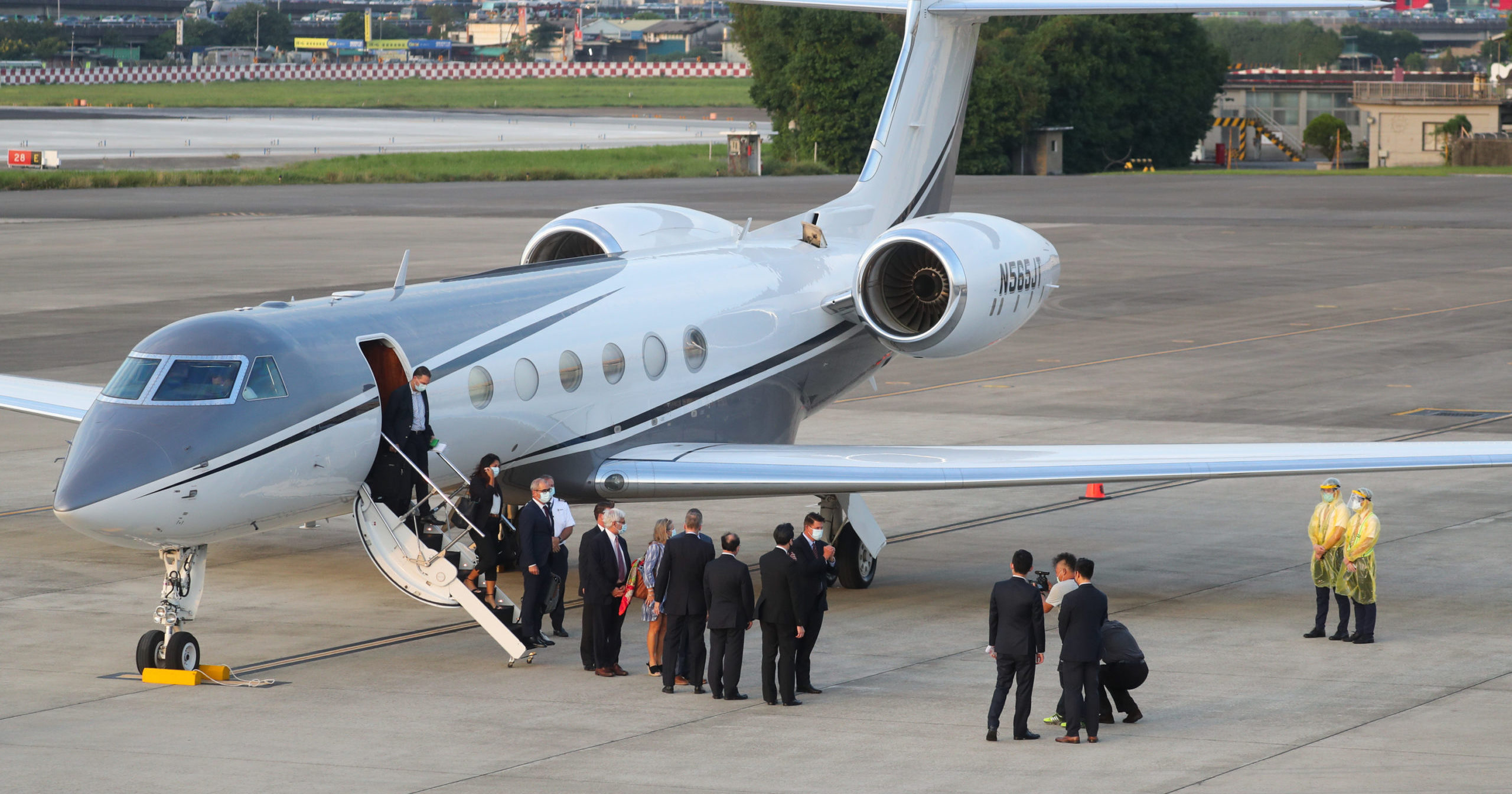 US Under Secretary of State Keith Krach disembarks from a plane upon arrival in Taipei, Taiwan, on Sept. 17, 2020. Krach is in Taiwan for the second visit by a high-level American official in two months, prompting a military threat from China.