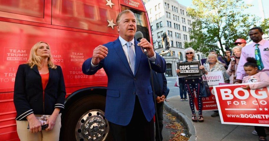 Mark and Patricia McCloskey visit the Trump campaign bus on Sept. 30, 2020, in Scranton, Pennsylvania.