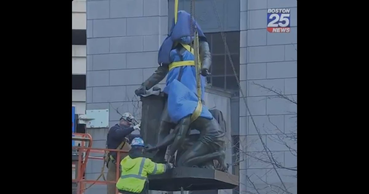 The Emancipation Group statue being removed from a Boston park in December 2020.