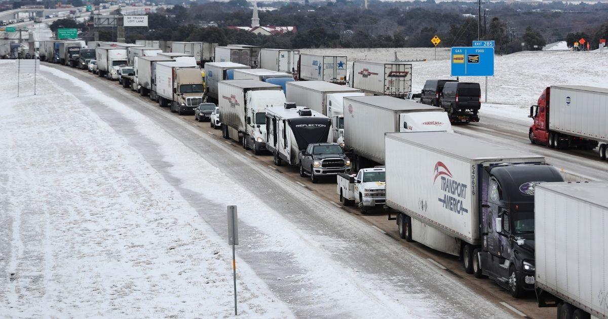 Vehicles are at a standstill southbound on Interstate Highway 35 on Thursday in Killeen, Texas.