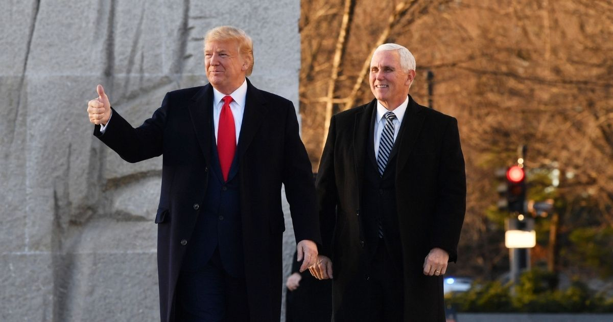 Mike Pence Spoke 'Very Favorably About His Relationship with President Trump' at Meeting: Report