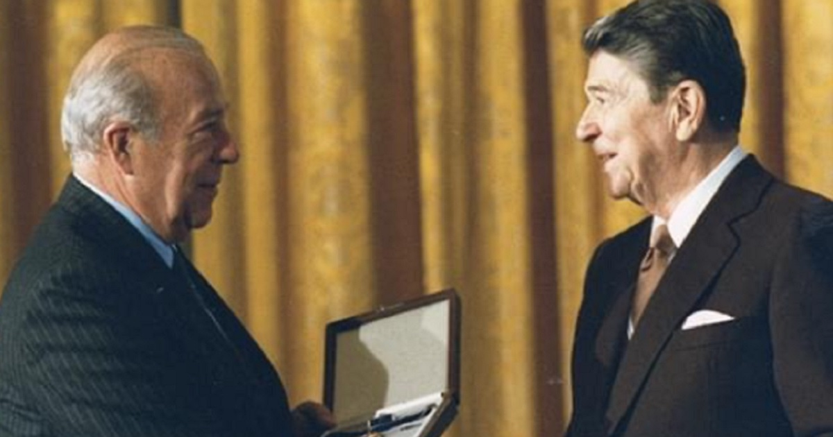Former Secretary of State George Schultz with former President Ronald Reagan.