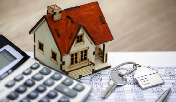 Fifteen-year vs. 30-year mortgages -- which is better for you?