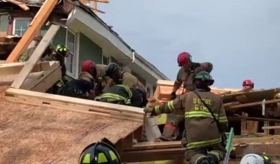 A five-story building in the northwest part of the District of Columbia collapsed at about 3:30 p.m. on Thursday.