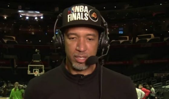 Phoenix Suns coach Monty Williams talks about his faith on ESPN.