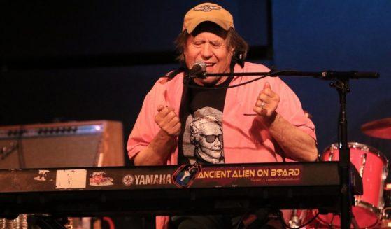 Musician George Frayne IV is seen performing on Dec. 17, 2016.