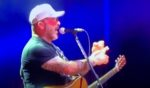 Musician Aaron Lewis shredded the Democratic Party during a show in Grand Prairie, Texas, on Oct. 7.
