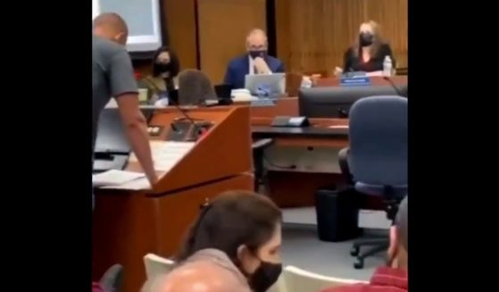This video reportedly shows a man in Clark County, Nevada, serving the Clark County School District a $200 million lawsuit over its mask mandate.